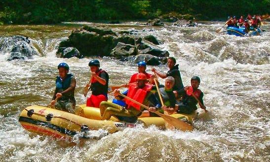 Enjoy Rafting Trips In Klojen, Jawa Timur