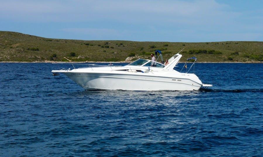 Charter 37' Motor Yacht in Fornells, Menorca