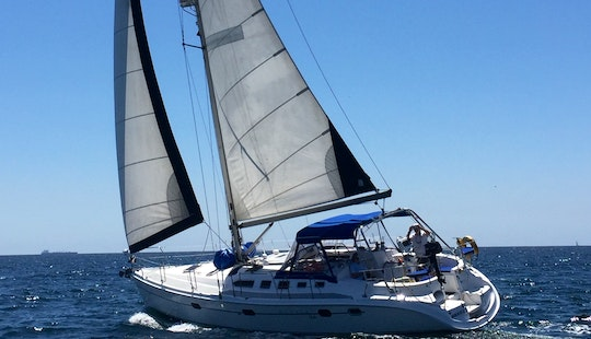 Hunter 466 Cruising Monohull  In Marina Del Rey