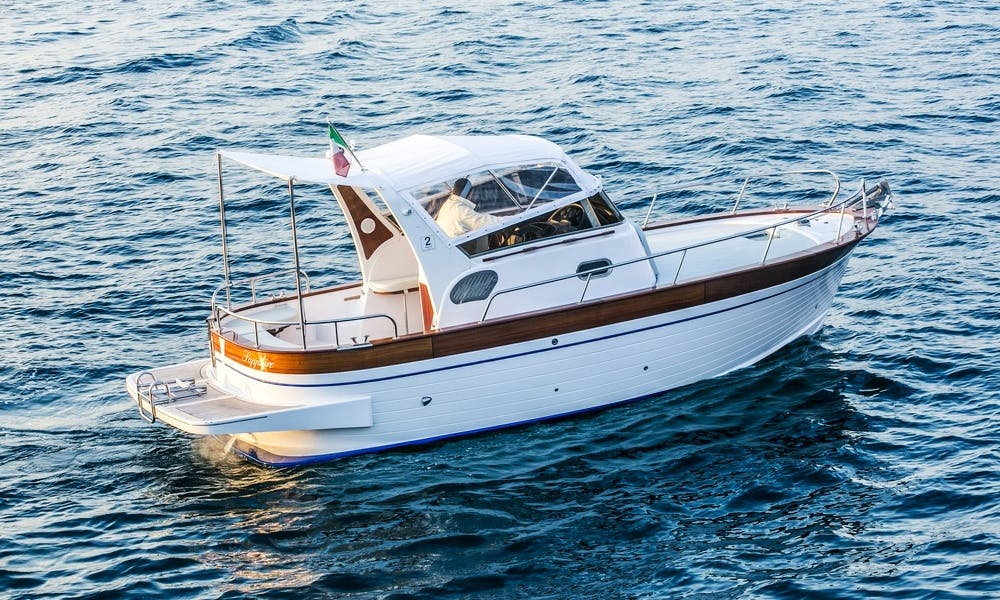 Sparviero 700 Sapphire Boat Rental for Up to 6 People in Capri, Italy