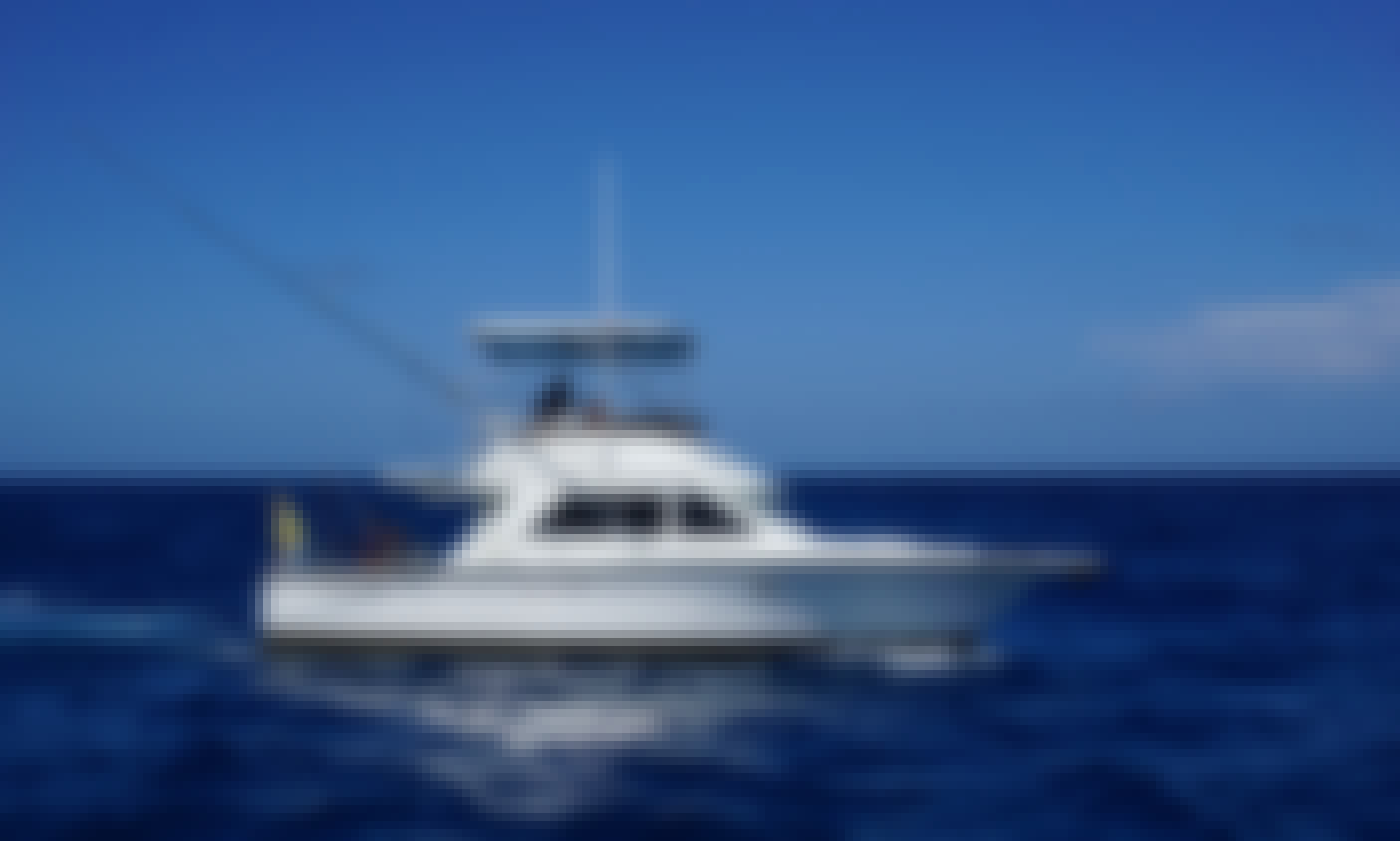 Charter 35ft  Phoenix Yacht for deep sea fishing in Punta Cana, Dominican Republic