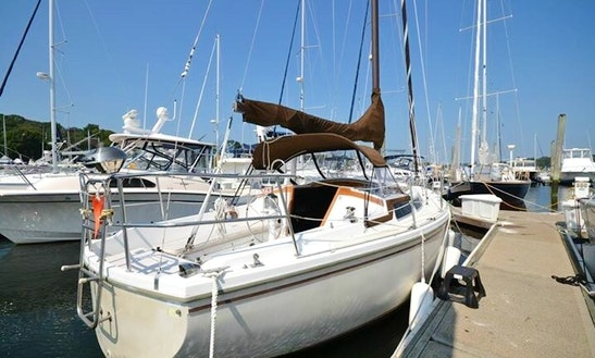 Charter 30' Catalina Sloop In Providence, Rhode Island