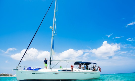 Cruising Monohull Rental In George Town
