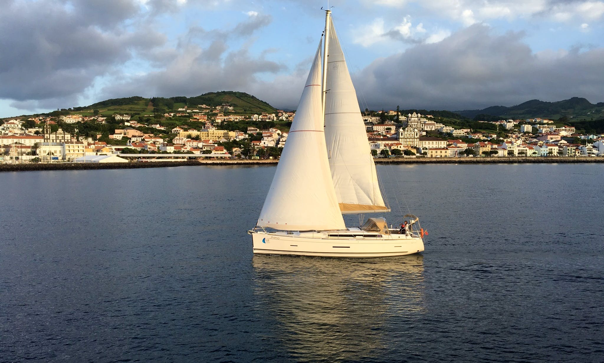 Charter a Dufour 450 Grand Large - PRIMO - Base Horta, Faial Island, Açores, Portugal