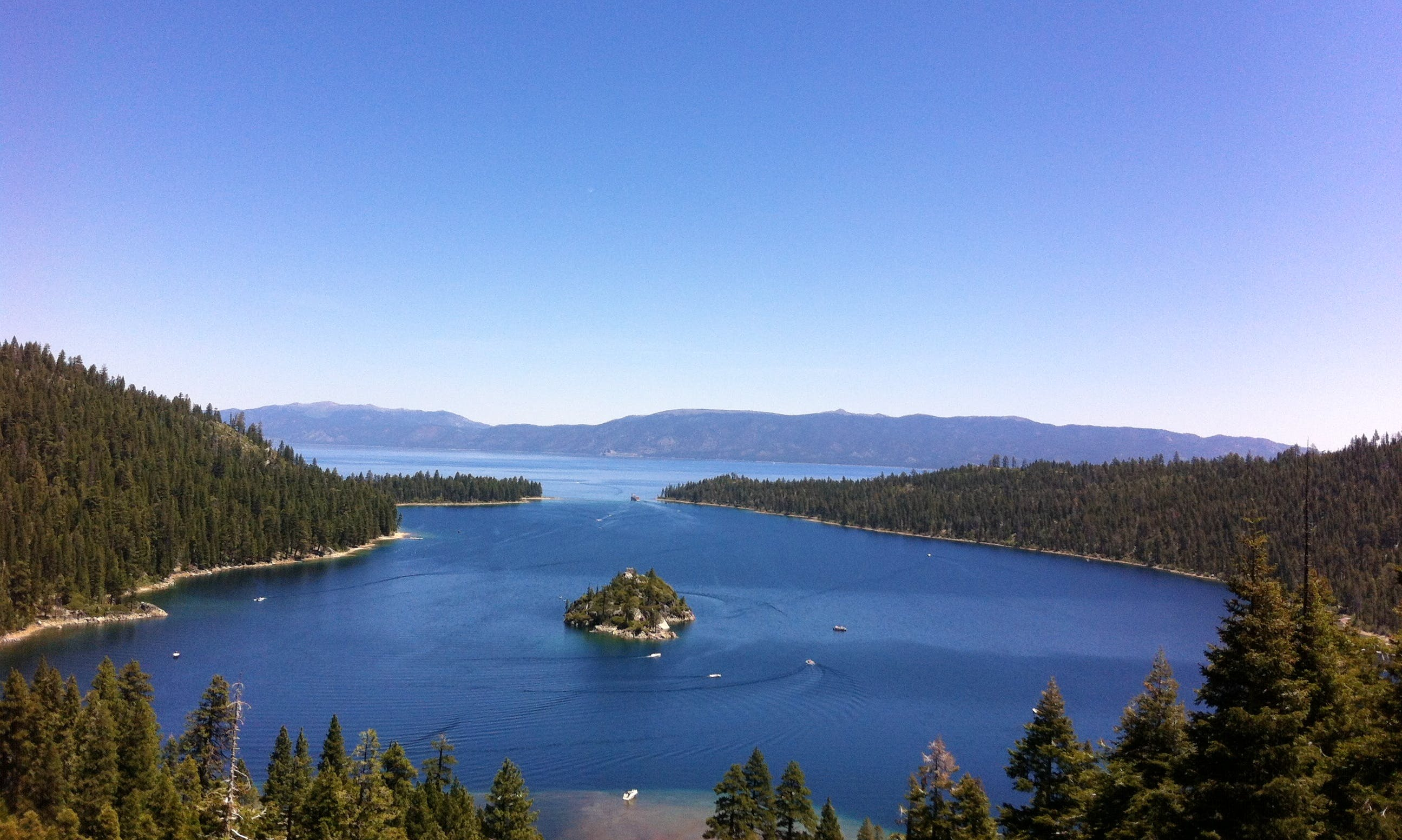 Rent a 28' Bowrider in South Lake Tahoe, California for 9 friends!