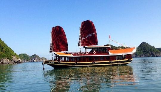 Enjoy Hạ Long, Vietnam By Traditional Junk Boat