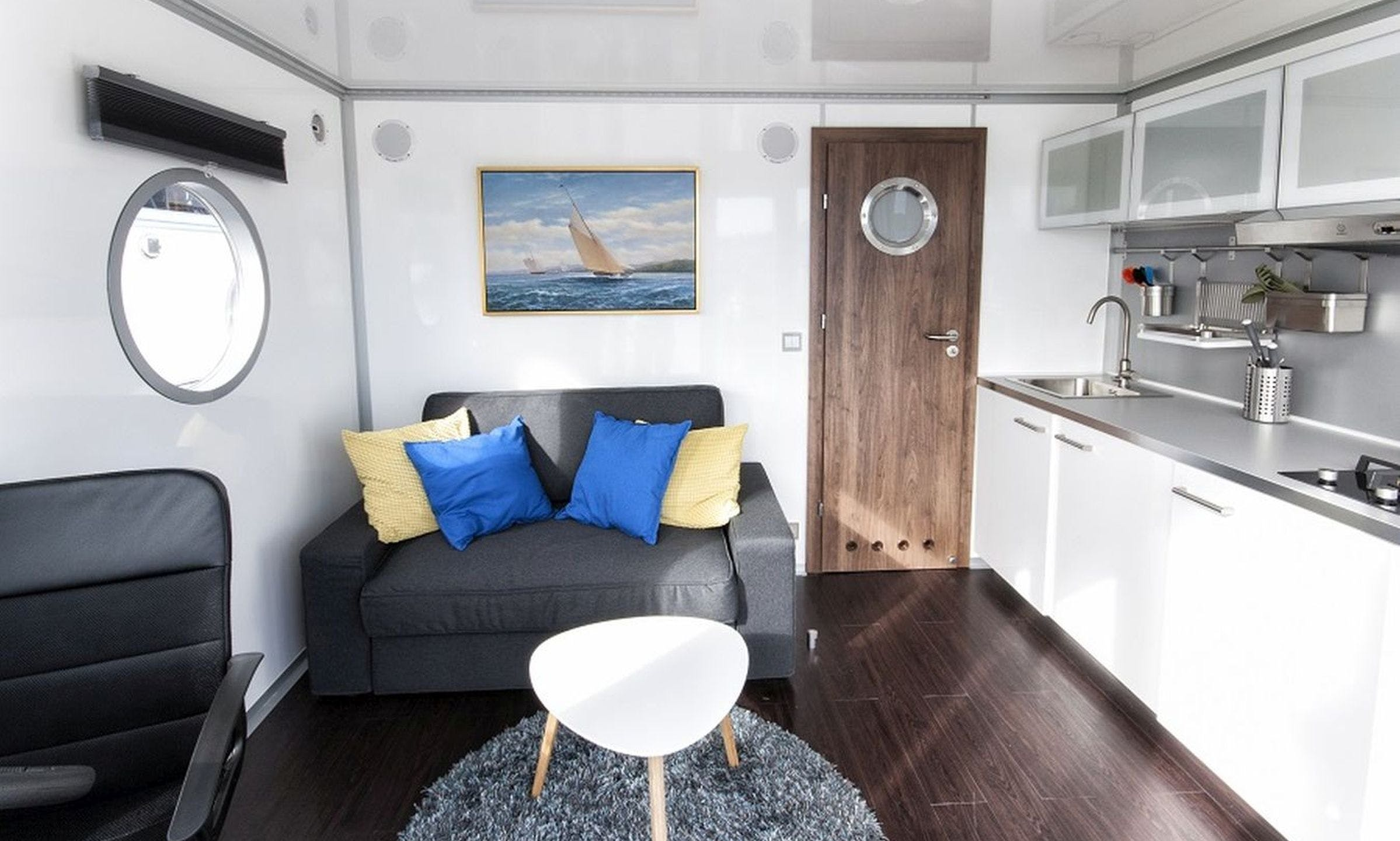 "Luxurious Houseboat ""STANDARD 24 M2"" Charter in Finland"