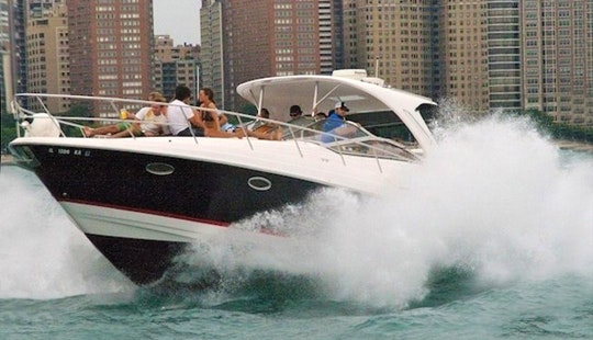 Charter 40' Cabin Cruiser Motor Yacht In Chicago, Illinois