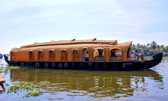 Charter A Houseboat In Nedumudy, Kerala
