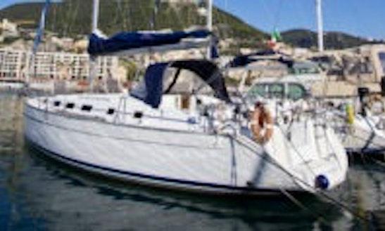 Charter 43' Cruising Monohull In Salerno, Campania