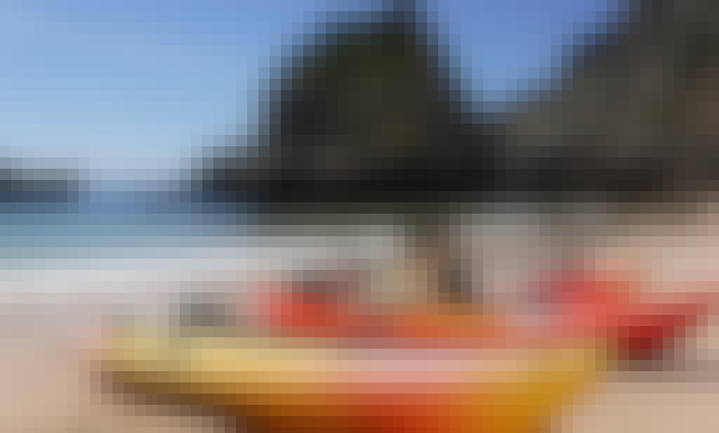 Rent a Kayak in Sesimbra to Arrábida