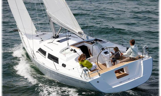 Cruising Monohull Rental In Badalona