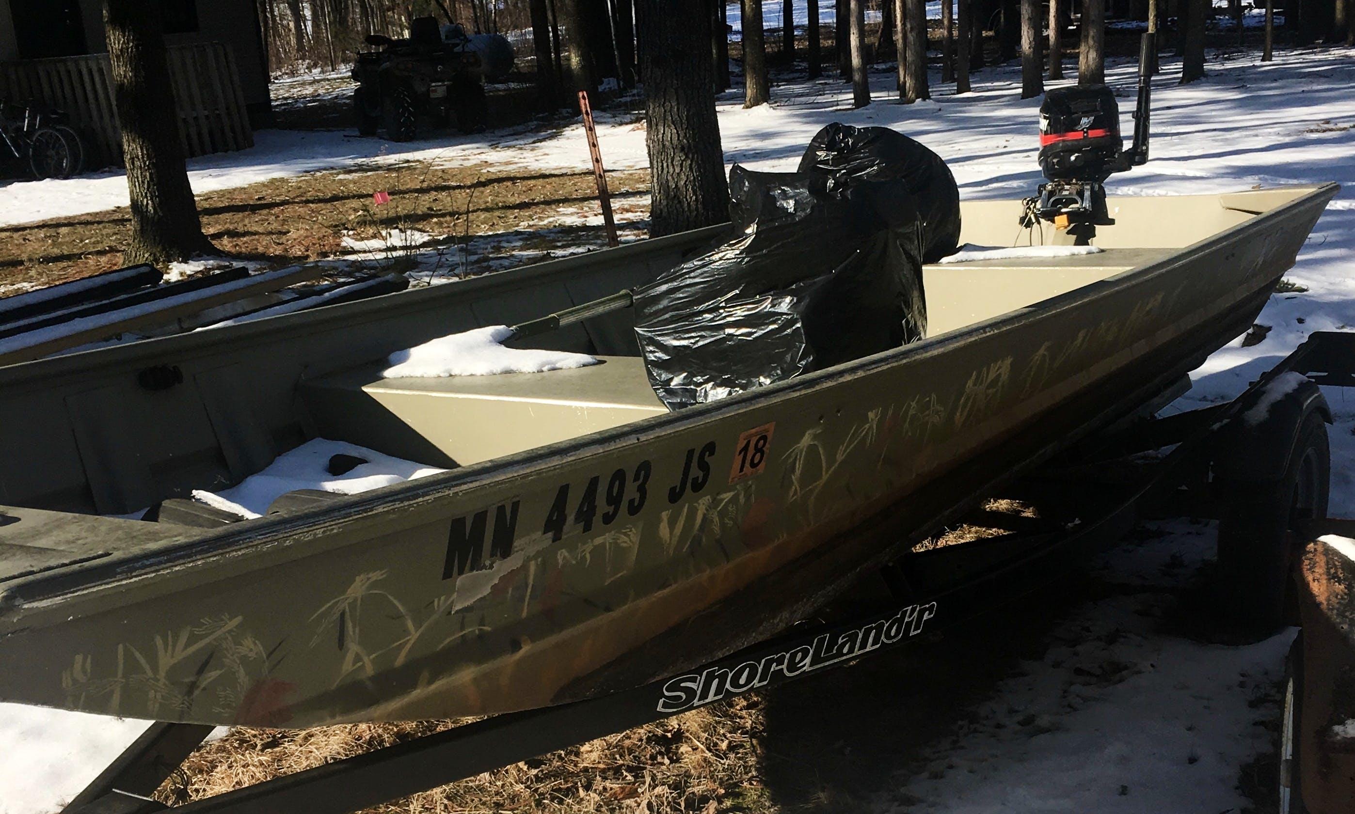 Jon Boat Rental in Pine City