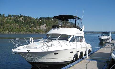 36' Motor Yacht Charter in Lake Baikal, Russia