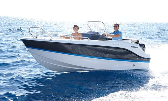 Rent A Quicksilver Activ 455 Open For 5 People In Trogir
