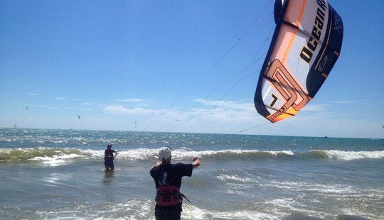 Kitesurfing Courses And Rentals In Phan Thiết,vietnam
