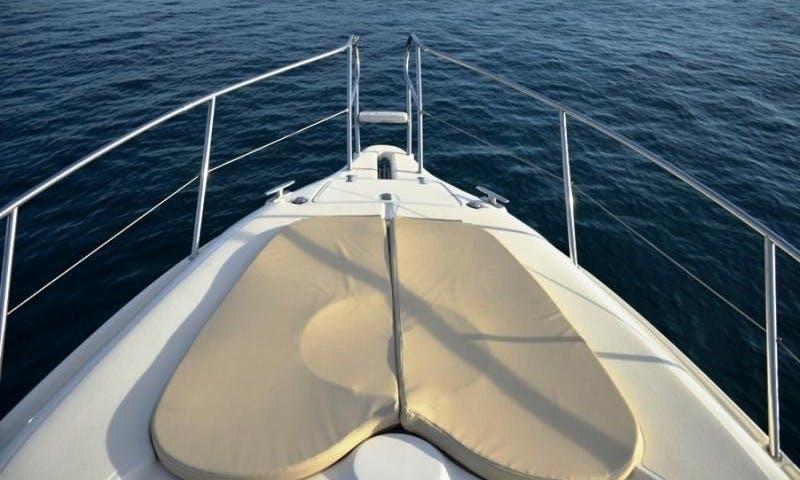 Motor Yatch Gobbi 315 SC Rental in Ibiza 750 euros