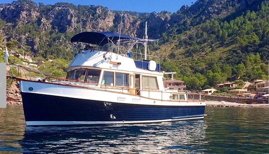 Charter The 45ft