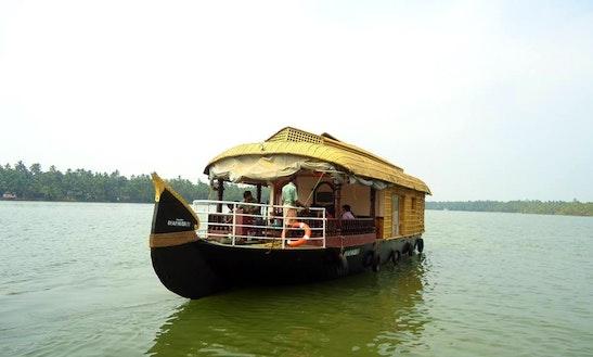 Charter A Houseboat In Kasaragod, Kerala