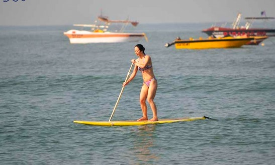 Enjoy Stand Up Paddleboard Rentals And Courses In Baga, Goa