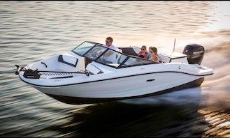 2017 Searay Sports Boat in Miami Beach with Captain