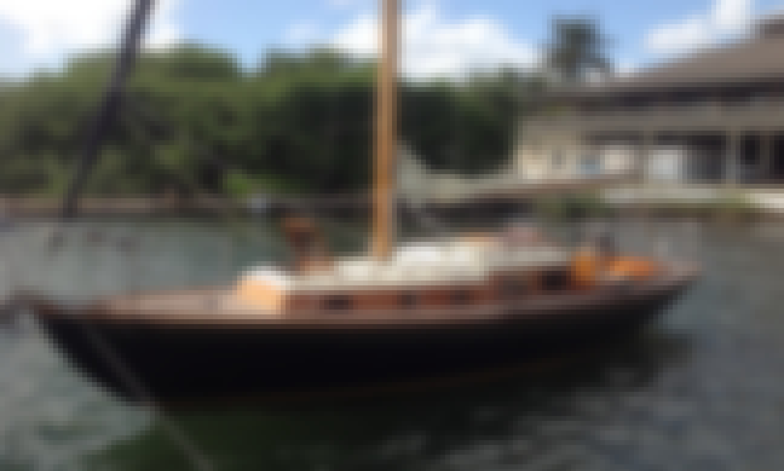Sloop Rental in Miami