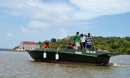 Charter 30' Bowrider In Goa, India