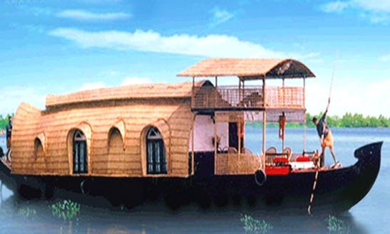 Stay On A Locally Made Indian Houseboat For 2 Person In Kumarakom, Kerala