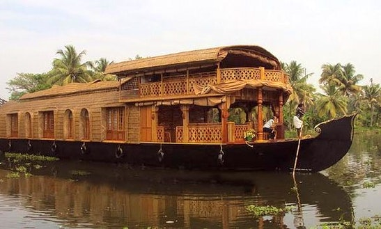 Relaxing Houseboat Holiday In Kerala, India For 6 Pax