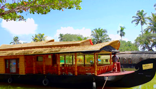 Houseboat Vacation In Kerala, India For 4 Pax