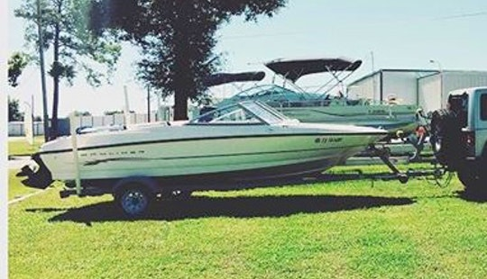 Enjoy Willis, Texas On 17' Bayliner Bowrider