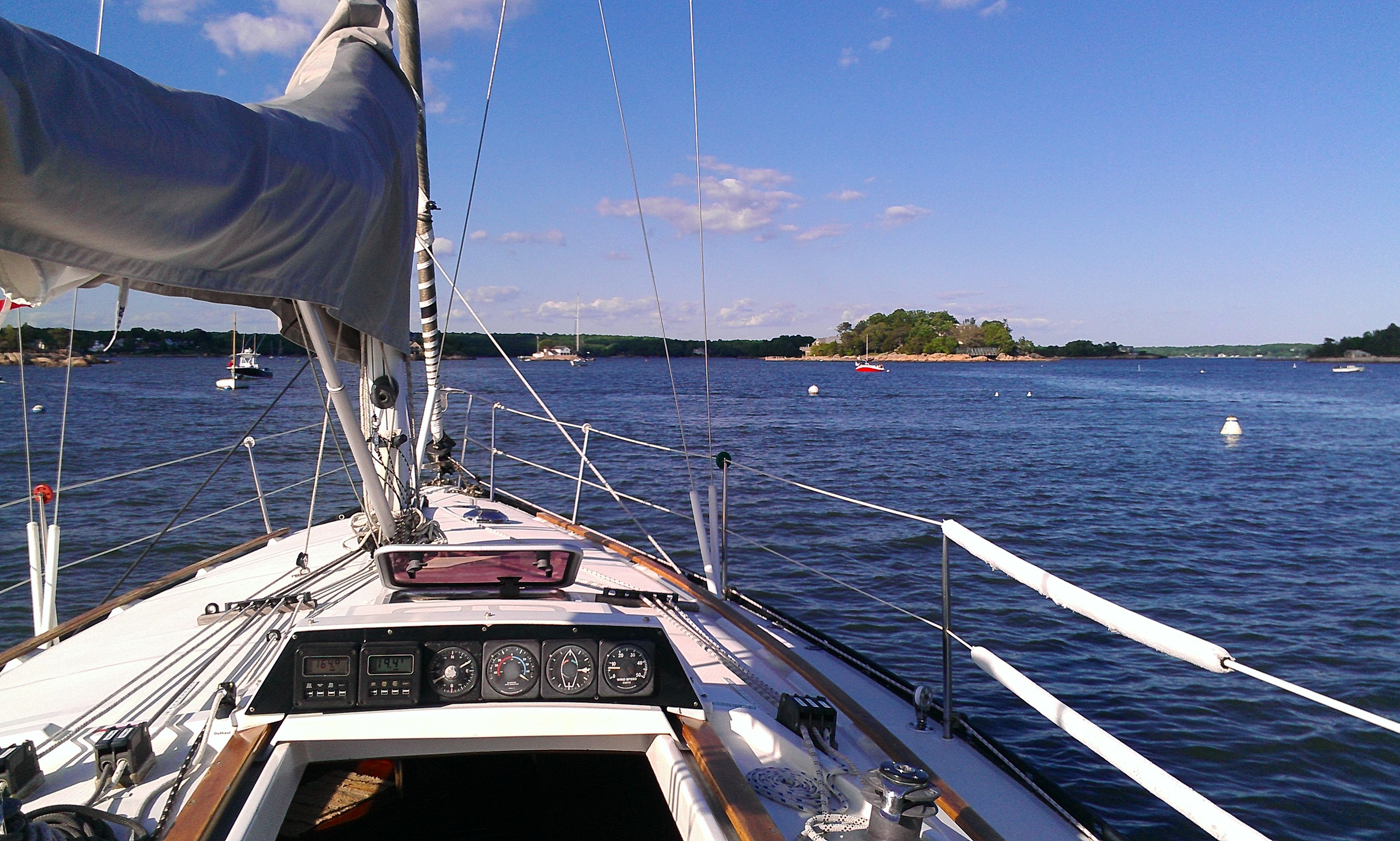 "Sail on ""Nomade"" Dufour Yacht in the Thimble Islands, Connecticut"
