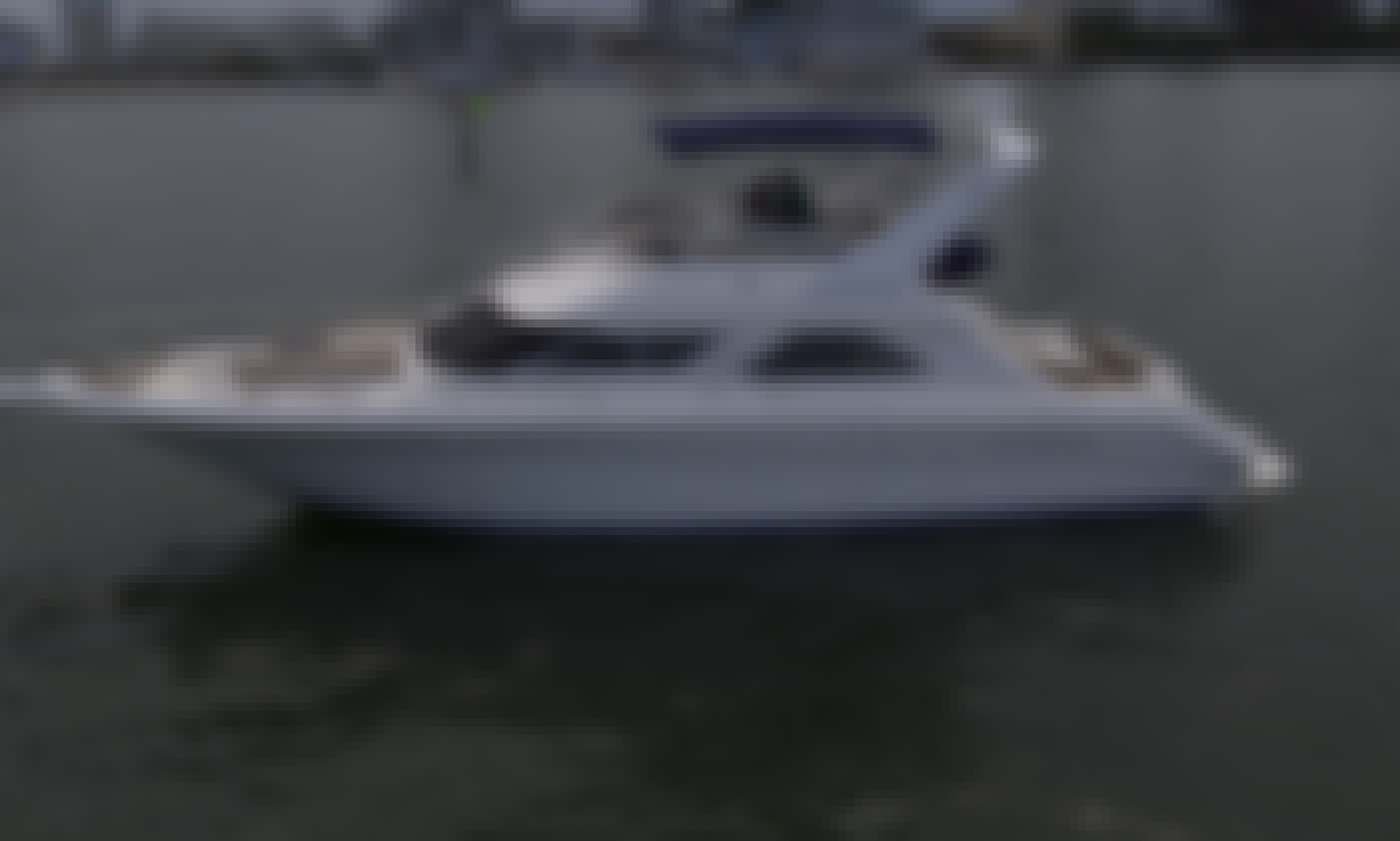 44' Sea Ray Flybridge Power Yacht Rental in Miami with Captain