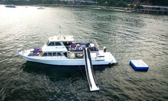 Hong Kong Yachting: Tarzan Events Boat