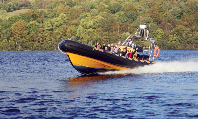 Exclusive and High-Speed Power Boat Tour for 12 People in Lisboa, Portugal