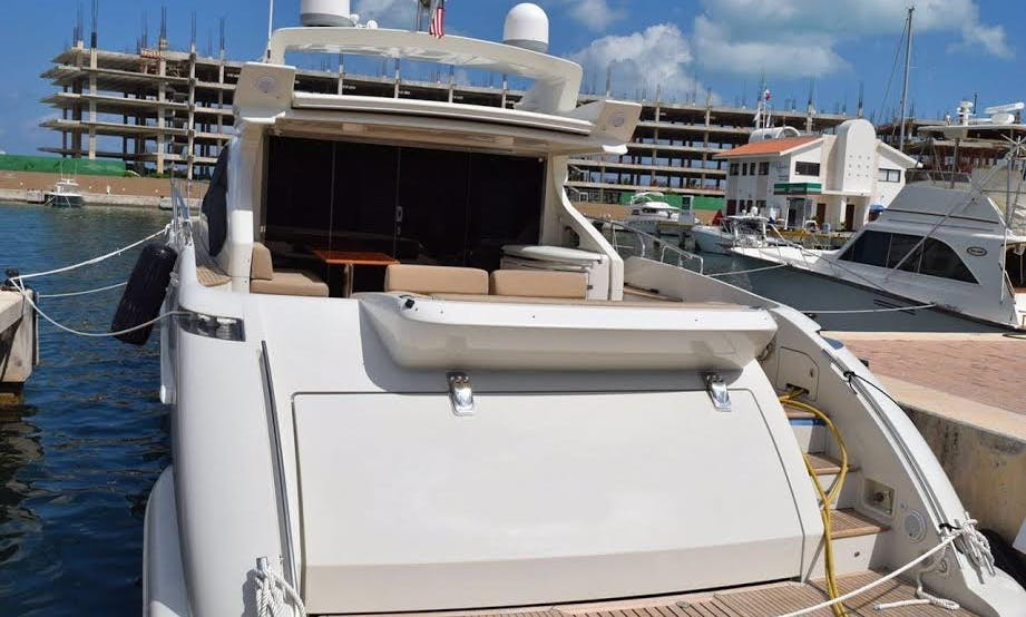 Charter the Azimut 68 S Luxury Power Mega Yacht in Cancún