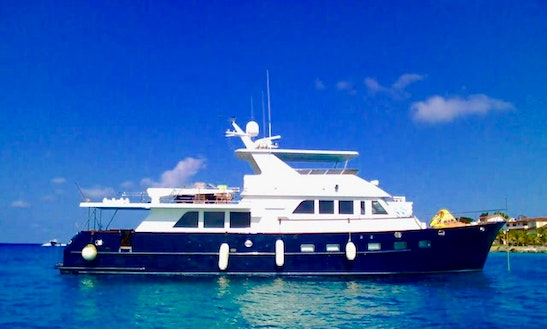 Charter This 80' Grand Alaska Power Mega Yacht In Cancún