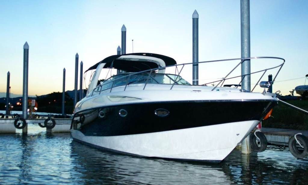 Charter a Motor Yacht in Taipei, Taiwan For 8 Pax