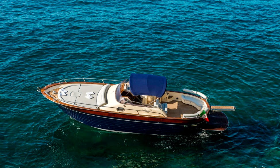 "Charter 32ft ""Uè Ma"" Apreamare Motor Yacht  In Positano, Italy"