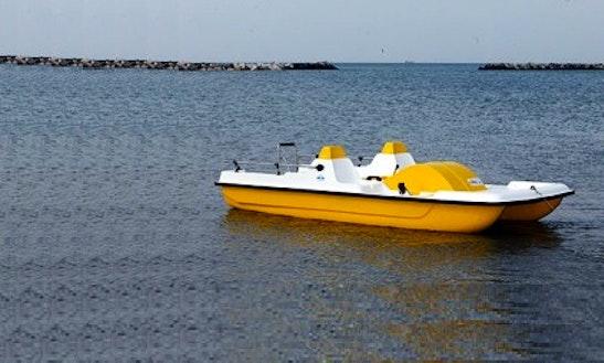 Rent A Paddle Boat In San Ġiljan, Malta