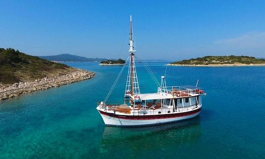 Charter A Gulet In Zadar, Croatia
