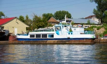 """Charter """"Uncle Ivan"""" Canal Boat In Samara, Russia"""