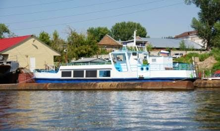 "Charter ""Uncle Ivan"" Canal Boat In Samara, Russia"