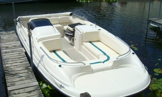 22' Deck Boat Rental In Saint Petersburg