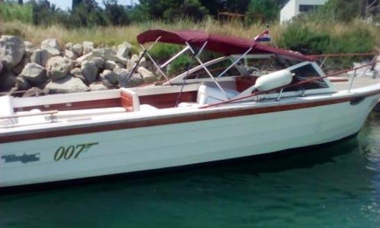 Rent The 26' Windsor Craft 93 Power Boat In Split, Croatia