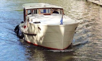 "Rent ""Britannia"" Saloon Boat in Amsterdam, Netherlands"