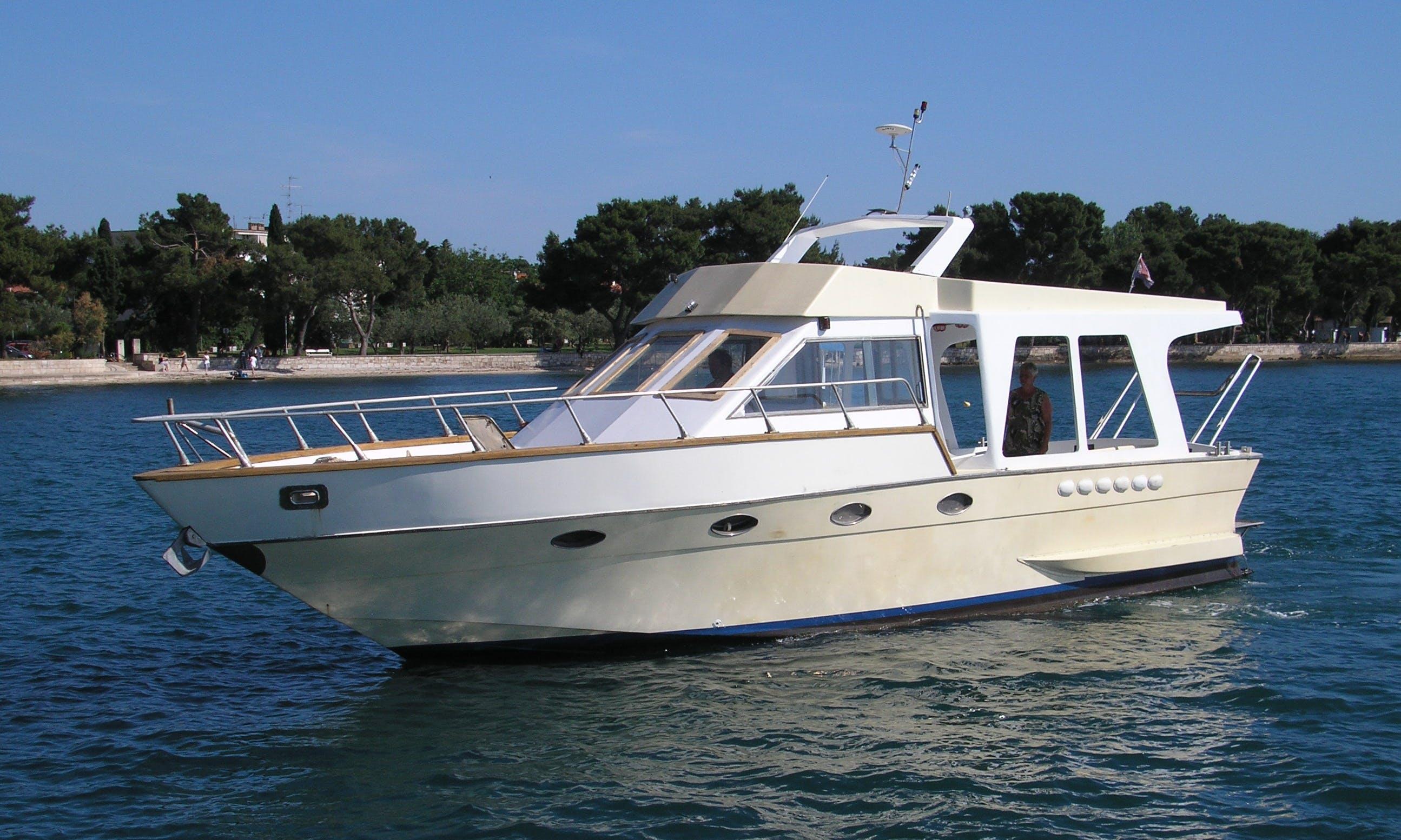 Charter 44' Rombo Motor Yacht in Fažana, Istria County