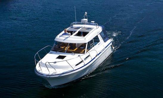 Charter 31' Saga Motor Yacht In Punat, Croatia