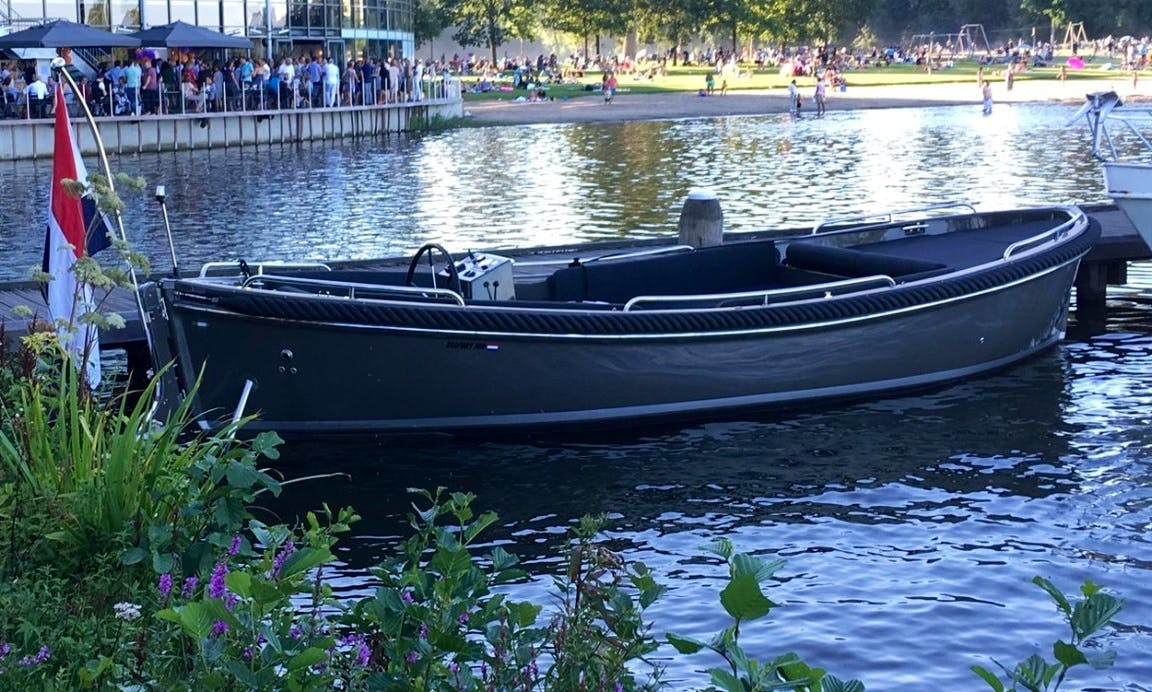 Sloop Seafury 700 Comfort - Boat Hire Kaag and Leiden