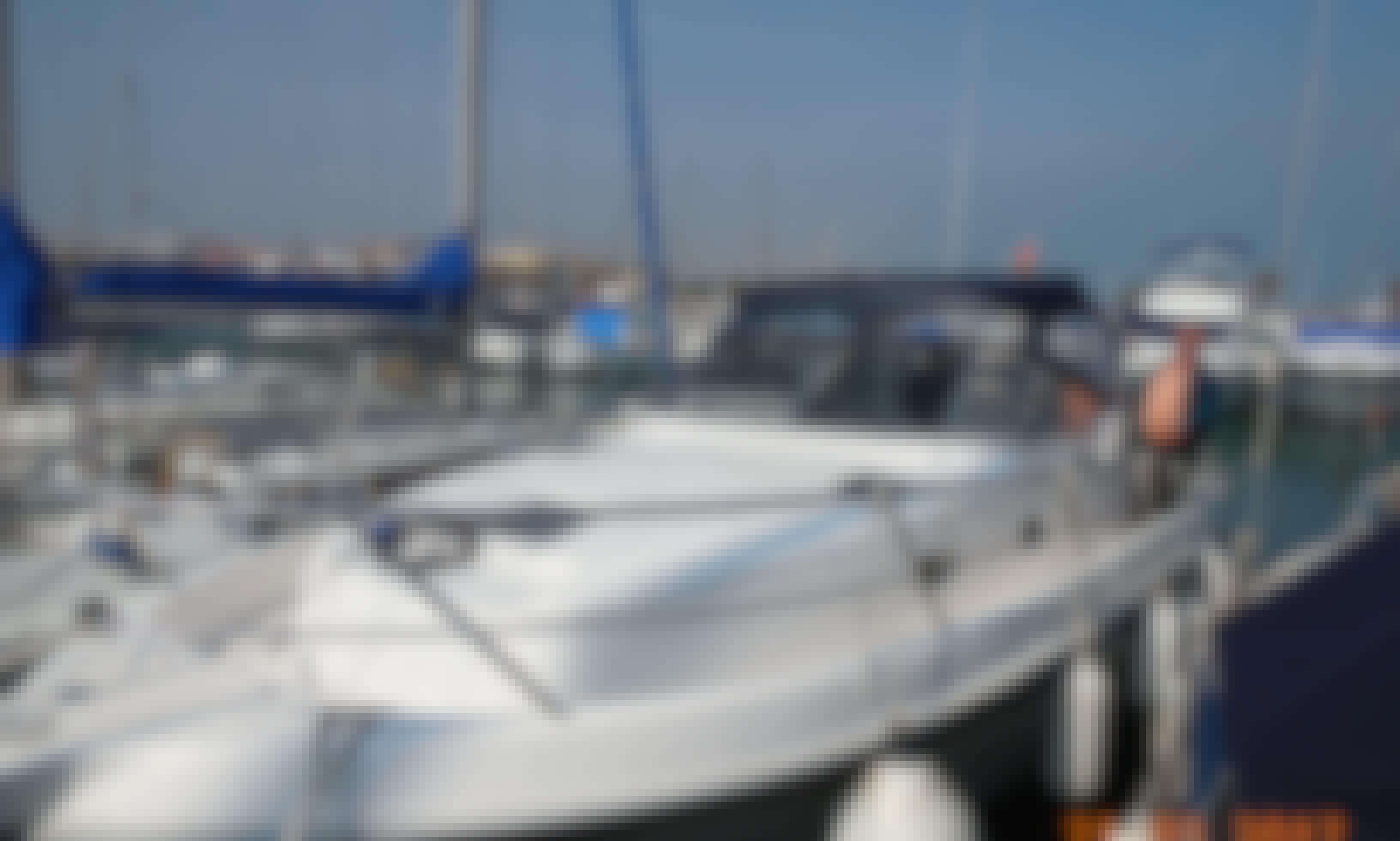 Charter 32' Faeton Motor Yacht In Dénia, Spain